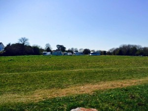 Travellers pitch up in Galmpton