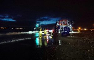 Recovery of Shannon class lifeboat R and J Welburn on Exmouth beach
